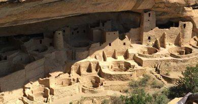Mesa Verde National Park Cliff Dwelling